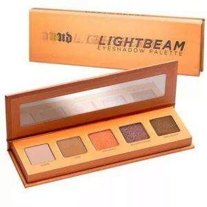 New! Urban Decay Lightbeam eyeshadow pallette